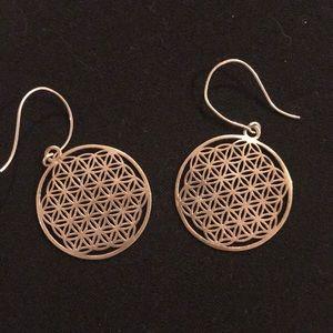 Round filigree silver earrings